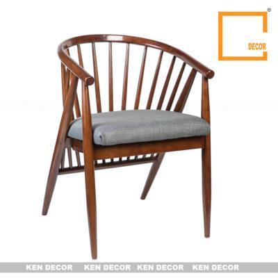 Ghế gỗ màu cafe