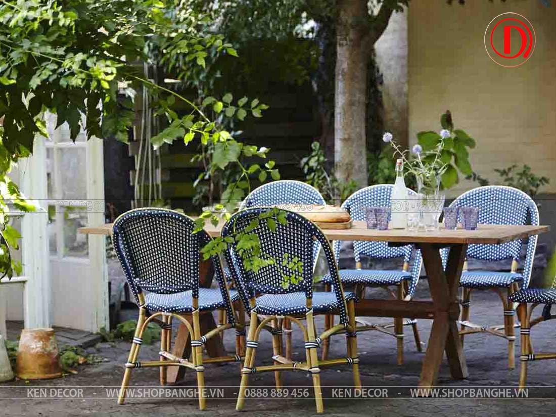 ghế cafe sân vườn